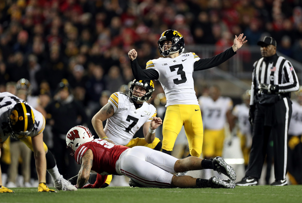Iowa Hawkeyes place kicker Keith Duncan (3) against the Wisconsin Badgers Saturday, November 9, 2019 at Camp Randall Stadium in Madison, Wisc. (Brian Ray/hawkeyesports.com)