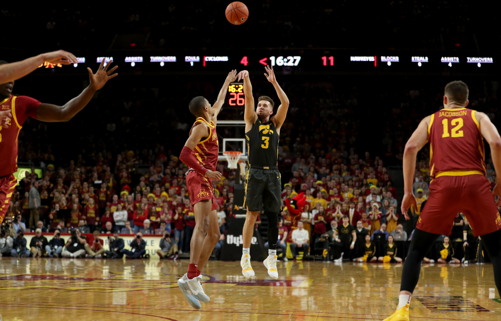 Iowa Hawkeyes guard Jordan Bohannon (3) against the Iowa State Cyclones Thursday, December 12, 2019 at Hilton Coliseum in Ames, Iowa(Brian Ray/hawkeyesports.com)