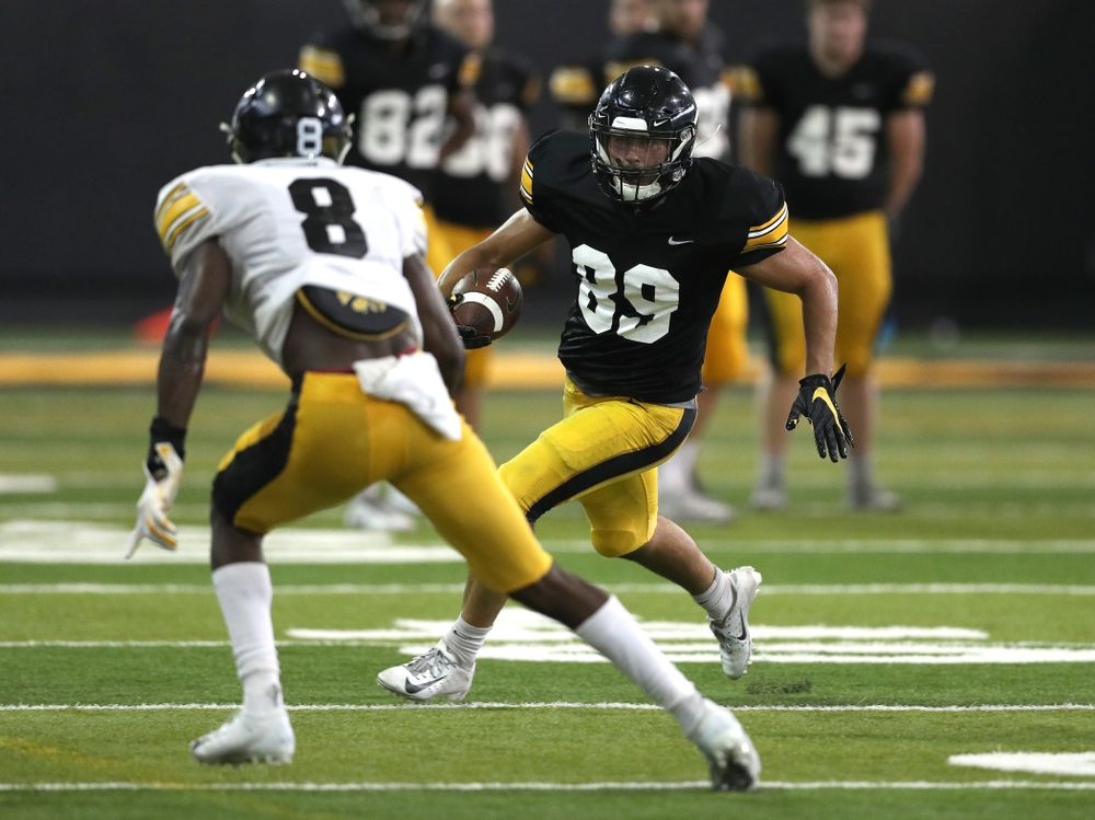 Iowa Hawkeyes wide receiver Nico Ragaini (89) during Fall Camp Practice No. 6 Thursday, August 8, 2019 at the Ronald D. and Margaret L. Kenyon Football Practice Facility. (Brian Ray/hawkeyesports.com)
