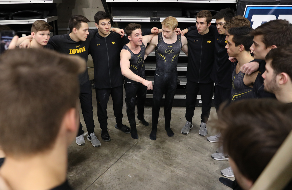 Iowa's Jake Brodarzon pumps up his teammates following their meet against the Ohio State Buckeyes Saturday, March 16, 2019 at Carver-Hawkeye Arena.  (Brian Ray/hawkeyesports.com)