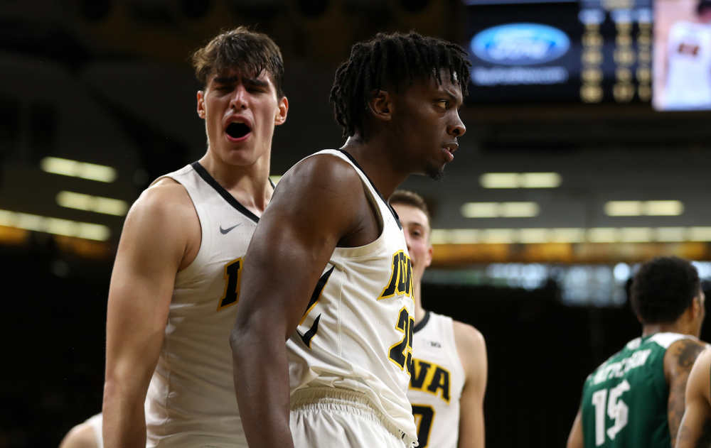 Iowa Hawkeyes forward Tyler Cook (25) against UW Green Bay Sunday, November 11, 2018 at Carver-Hawkeye Arena. (Brian Ray/hawkeyesports.com)