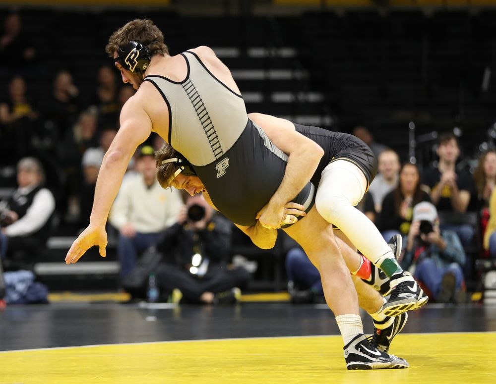 Iowa's Mitch Bowman wrestles Purdue's Christian Brunner at 197 pounds Saturday, November 24, 2018 at Carver-Hawkeye Arena. (Brian Ray/hawkeyesports.com)