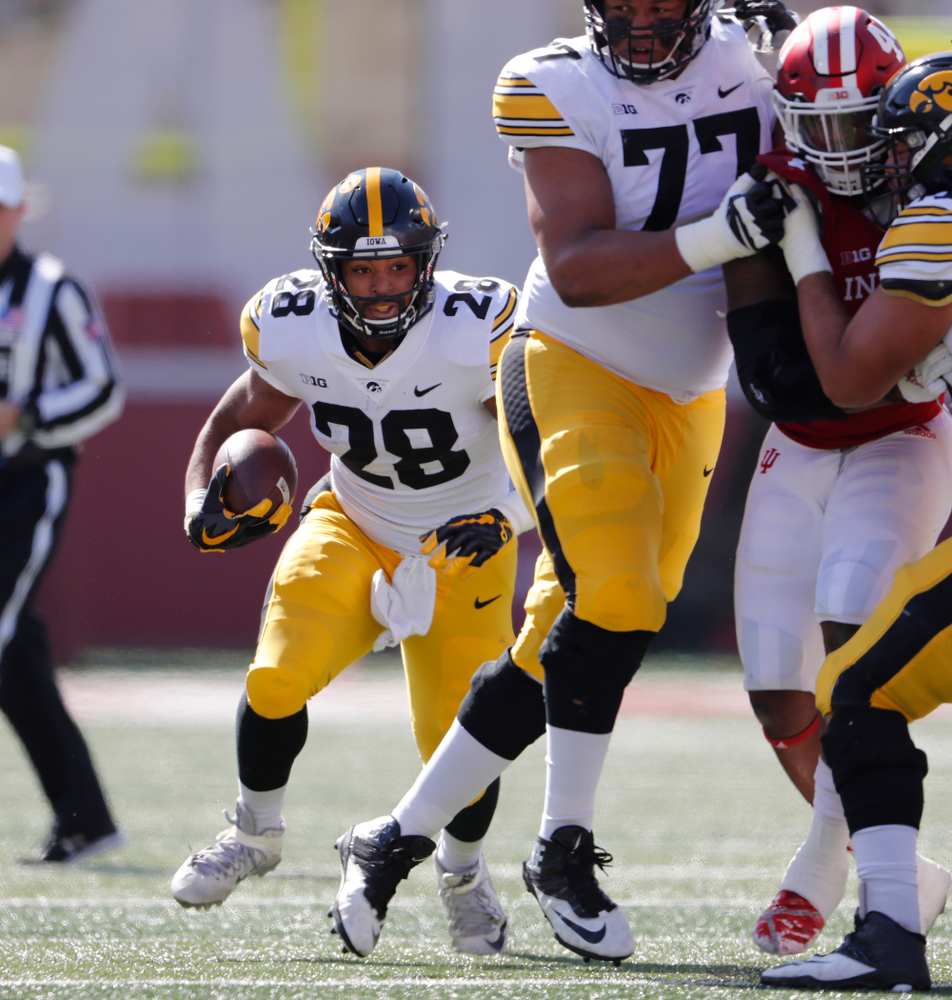 Iowa Hawkeyes running back Toren Young (28) against the Indiana Hoosiers Saturday, October 13, 2018 at Memorial Stadium, in Bloomington, Ind. (Brian Ray/hawkeyesports.com)