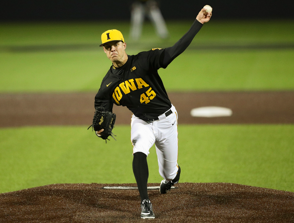 Iowa Hawkeyes pitcher Kyle Shimp (45) delivers to the plate during the seventh inning of their game against Western Illinois at Duane Banks Field in Iowa City on Wednesday, May. 1, 2019. (Stephen Mally/hawkeyesports.com)