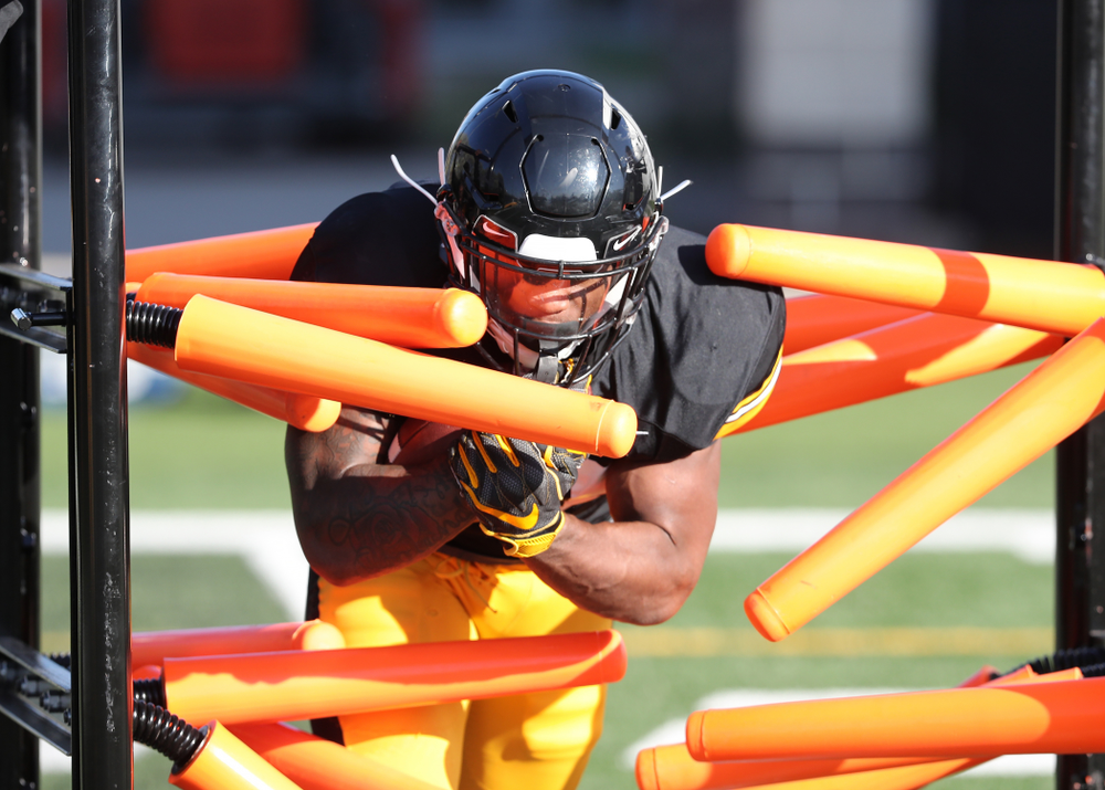 Iowa Hawkeyes running back Mekhi Sargent (10) during the teamÕs final spring practice Friday, April 26, 2019 at the Kenyon Football Practice Facility. (Brian Ray/hawkeyesports.com)
