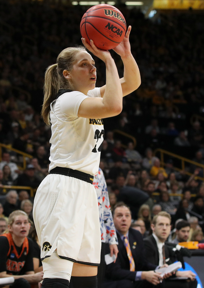 Iowa Hawkeyes guard Kathleen Doyle (22) shoots during the first round of the 2019 NCAA Women's Basketball Tournament at Carver Hawkeye Arena in Iowa City on Friday, Mar. 22, 2019. (Stephen Mally for hawkeyesports.com)