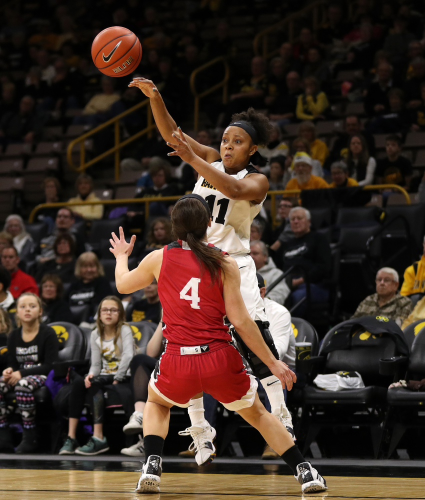 Iowa Hawkeyes guard Tania Davis (11) against the IUPUI Jaguars Saturday, December 8, 2018 at Carver-Hawkeye Arena. (Brian Ray/hawkeyesports.com)