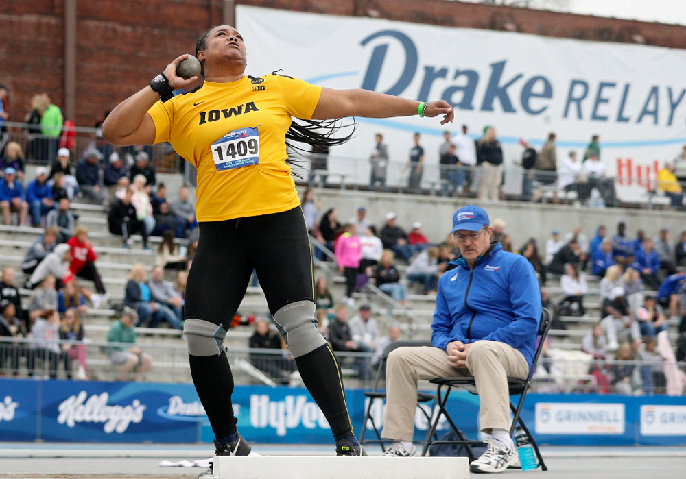 Iowa's Laulauga Tausaga throws in the women's shot put event during the second day of the Drake Relays at Drake Stadium in Des Moines on Friday, Apr. 26, 2019. (Stephen Mally/hawkeyesports.com)