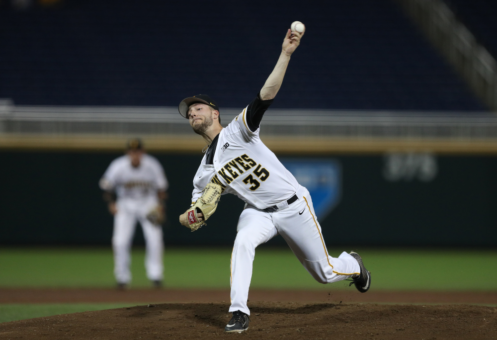 Iowa Hawkeyes Cam Baumann (35) against the Minnesota Golden Gophers in the  Big Ten Baseball Tournament Friday, May 24, 2019 at TD Ameritrade Park in Omaha, Neb. (Brian Ray/hawkeyesports.com)