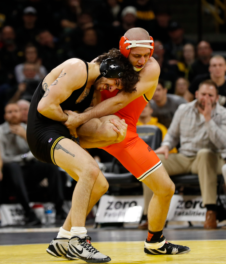 Iowa's Vince Turk Wrestles Oklahoma State's Dean Heil at 141 pounds