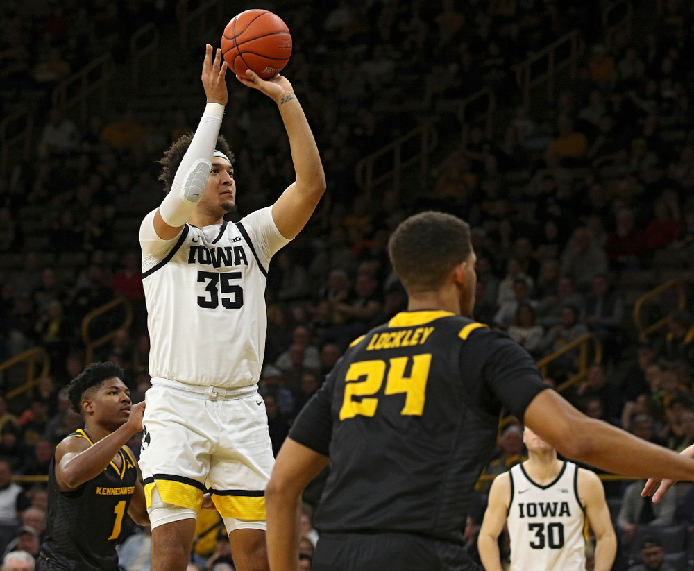 Iowa Hawkeyes forward Cordell Pemsl (35) score a basket during the second half of their their game at Carver-Hawkeye Arena in Iowa City on Sunday, December 29, 2019. (Stephen Mally/hawkeyesports.com)