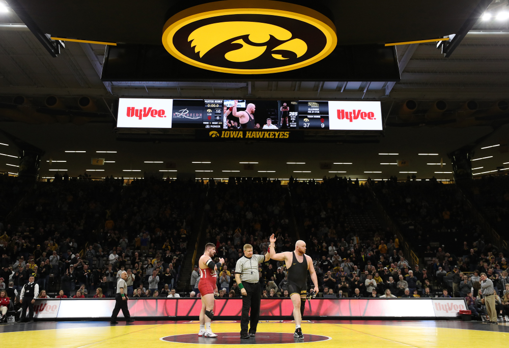 Iowa's Sam Stoll wrestles Indiana's Fletcher Miller at heavyweight Friday, February 15, 2019 at Carver-Hawkeye Arena. (Brian Ray/hawkeyesports.com)