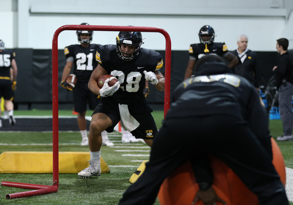 Iowa Hawkeyes running back Toren Young (28) during preparation for the 2019 Outback Bowl Monday, December 17, 2018 at the Hansen Football Performance Center. (Brian Ray/hawkeyesports.com)