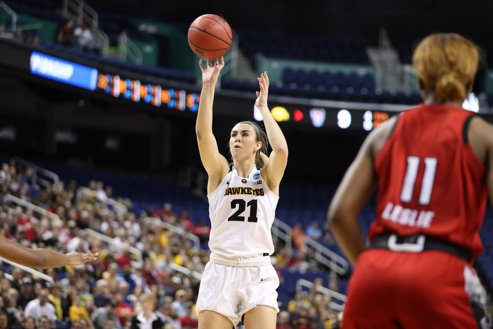 Iowa Hawkeyes forward Hannah Stewart (21) against the NC State Wolfpack in the regional semi-final of the 2019 NCAA Women's College Basketball Tournament Saturday, March 30, 2019 at Greensboro Coliseum in Greensboro, NC.(Brian Ray/hawkeyesports.com)