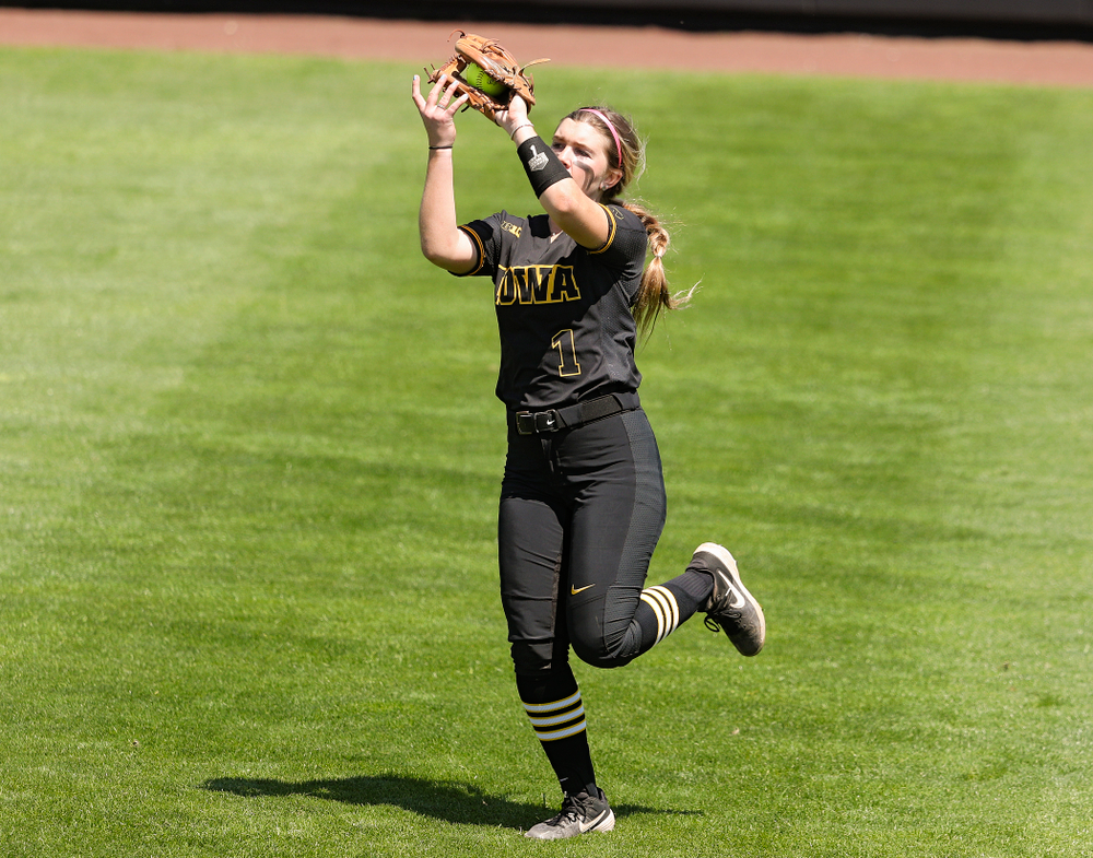 Iowa left fielder Cameron Cecil (1) pulls in a fly ball for an out during the third inning of their game against Ohio State at Pearl Field in Iowa City on Saturday, May. 4, 2019. (Stephen Mally/hawkeyesports.com)