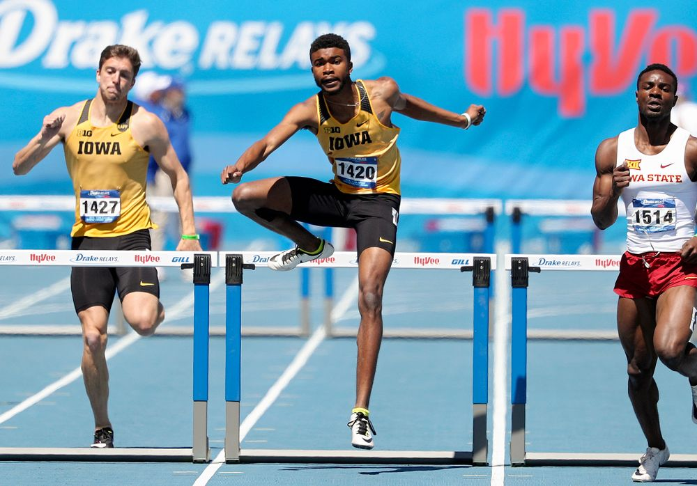 Iowa's Raymonte Dow runs in the men's 400 meter hurdles event during the second day of the Drake Relays at Drake Stadium in Des Moines on Friday, Apr. 26, 2019. (Stephen Mally/hawkeyesports.com)