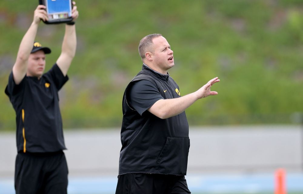 Iowa Hawkeyes linebackers coach Seth Wallace during practice Sunday, December 22, 2019 at Mesa College in San Diego. (Brian Ray/hawkeyesports.com)