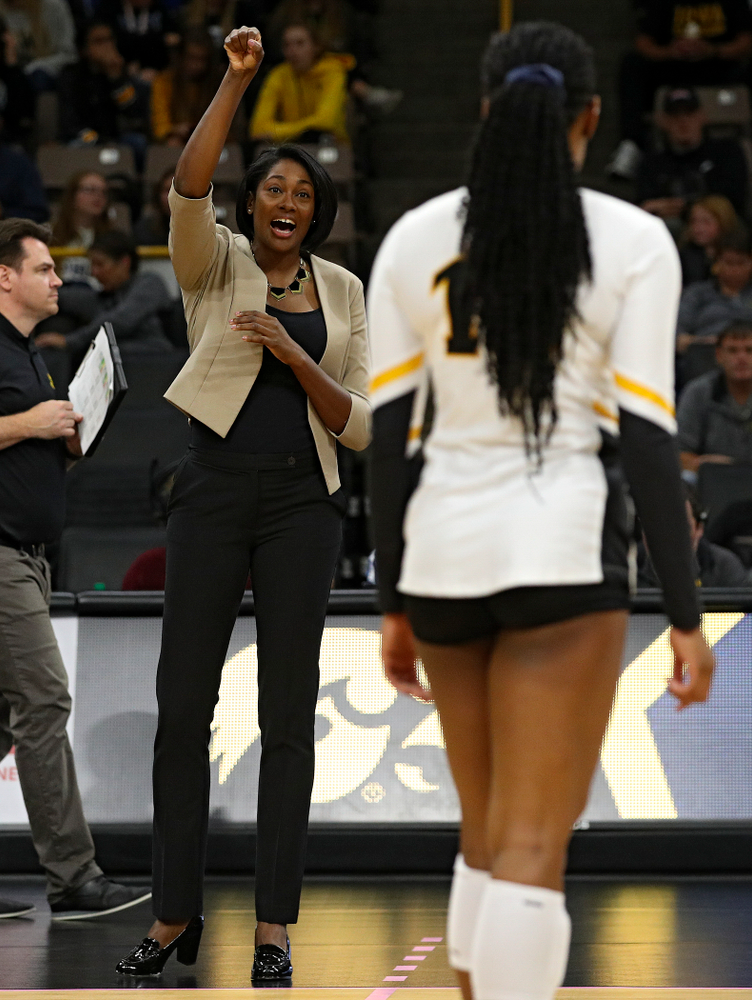 Iowa head coach Vicki Brown talks with Griere Hughes (10) during the second set of their volleyball match at Carver-Hawkeye Arena in Iowa City on Sunday, Oct 13, 2019. (Stephen Mally/hawkeyesports.com)