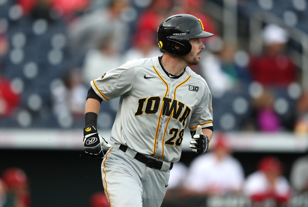 Iowa Hawkeyes Chris Whelan (28) against the Indiana Hoosiers in the first round of the Big Ten Baseball Tournament Wednesday, May 22, 2019 at TD Ameritrade Park in Omaha, Neb. (Brian Ray/hawkeyesports.com)