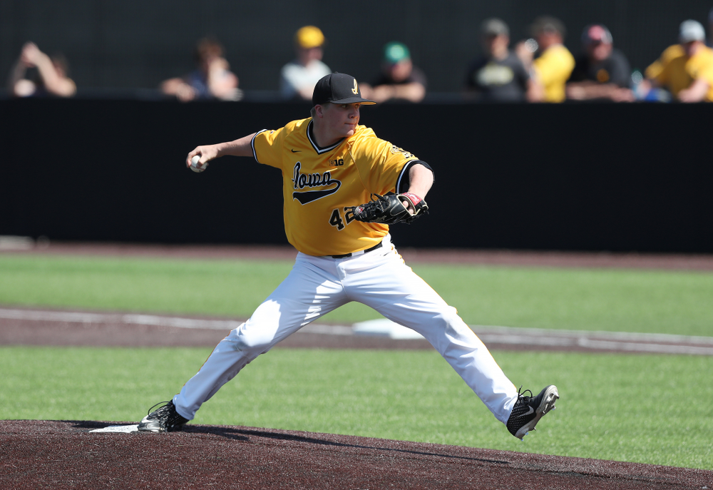 Iowa Hawkeyes Trace Hoffman (42) against the Nebraska Cornhuskers Sunday, April 21, 2019 at Duane Banks Field. (Brian Ray/hawkeyesports.com)