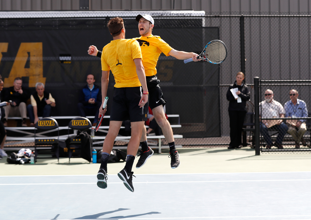 Jake Jacoby and Joe Tyler against Northwestern in the first round of the 2018 Big Ten Men's Tennis Tournament Thursday, April 26, 2018 at the Hawkeye Tennis and Recreation Complex. (Brian Ray/hawkeyesports.com)