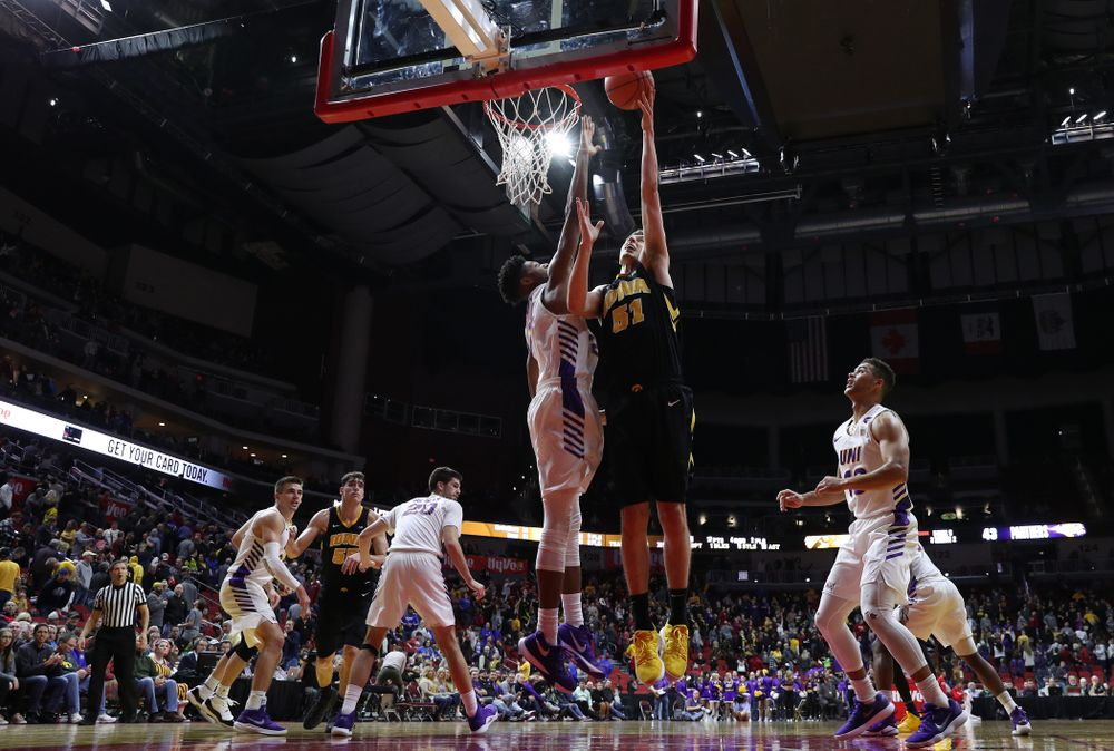 Iowa Hawkeyes forward Nicholas Baer (51) against the Northern Iowa Panthers in the Hy-Vee Classic Saturday, December 15, 2018 at Wells Fargo Arena in Des Moines. (Brian Ray/hawkeyesports.com)