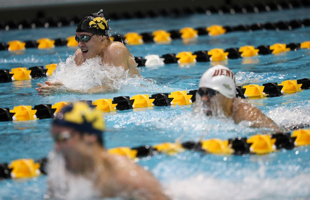 Iowa's Daniel Swanepoel competes in the 400-yard medley relay during a meet against Michigan and Denver at the Campus Recreation and Wellness Center on November 3, 2018. (Tork Mason/hawkeyesports.com)