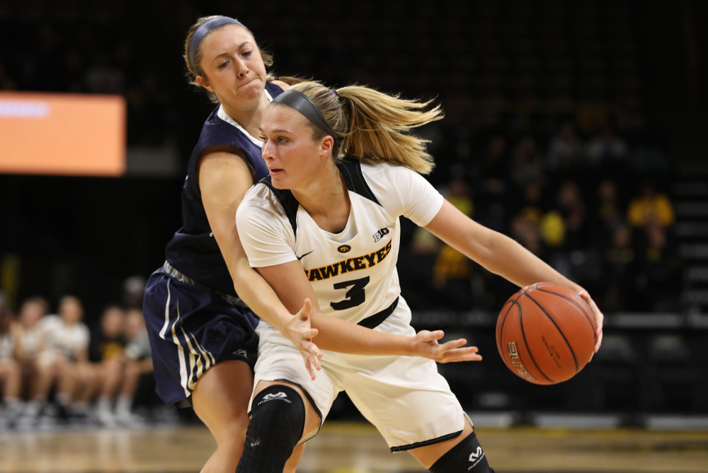 Iowa Hawkeyes guard Makenzie Meyer (3) against Oral Roberts University Friday, November 9, 2018 at Carver-Hawkeye Arena. (Brian Ray/hawkeyesports.com)