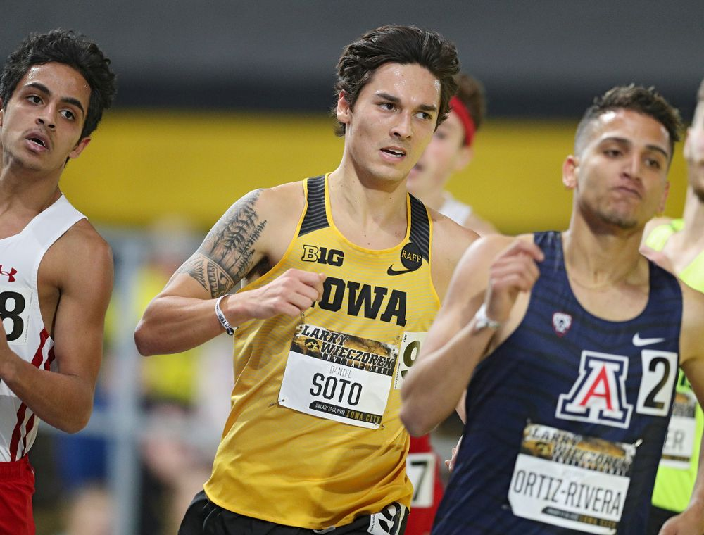 Iowa's Daniel Soto runs the men's 1 mile run event during the Larry Wieczorek Invitational at the Recreation Building in Iowa City on Saturday, January 18, 2020. (Stephen Mally/hawkeyesports.com)