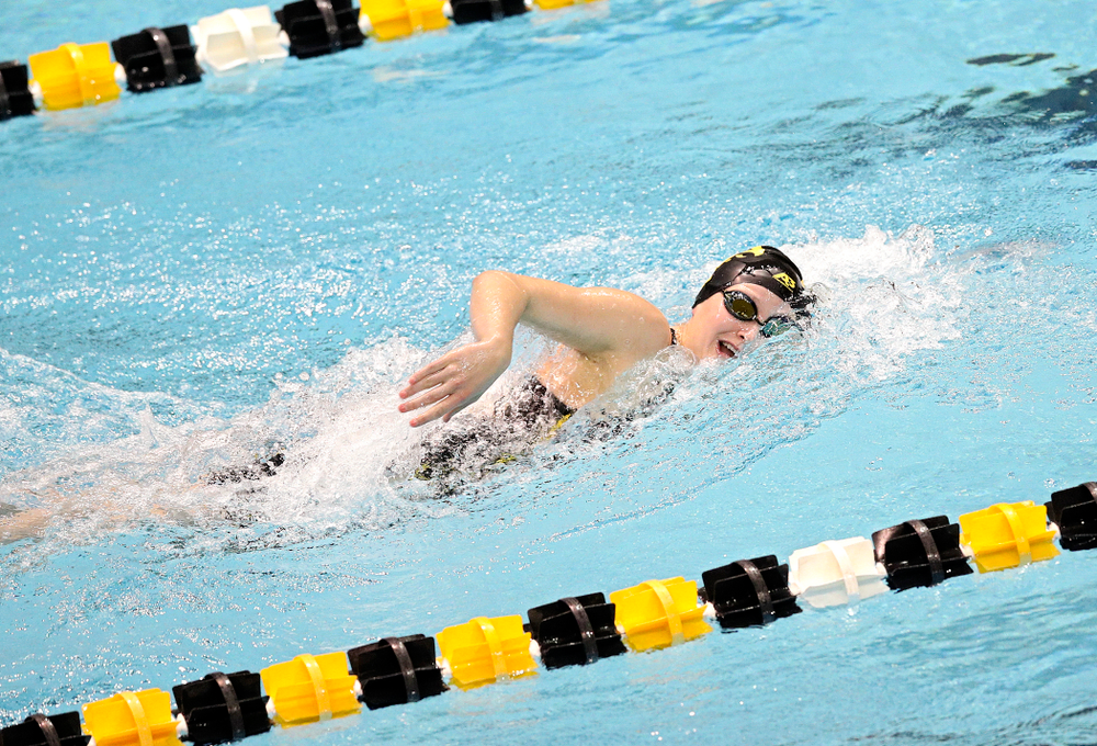 Iowa's Taylor Hartley swims the women's 500 yard freestyle event during their meet at the Campus Recreation and Wellness Center in Iowa City on Friday, February 7, 2020. (Stephen Mally/hawkeyesports.com)