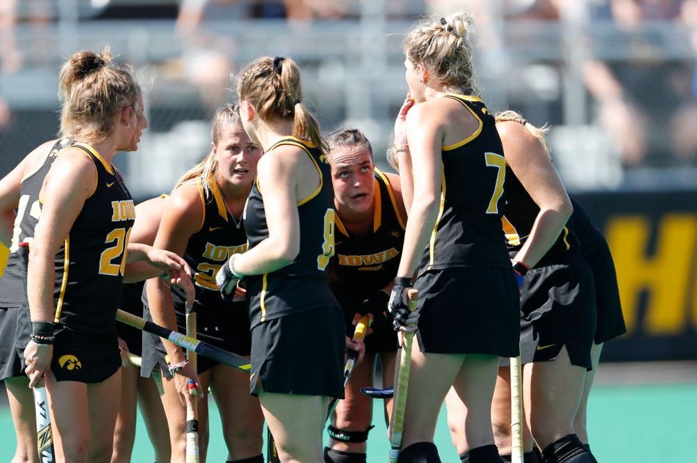Iowa Hawkeyes Sophie Sunderland (20) and Anthe Nijziel (6) against the Penn Quakers Friday, September 14, 2018 at Grant Field. (Brian Ray/hawkeyesports.com)