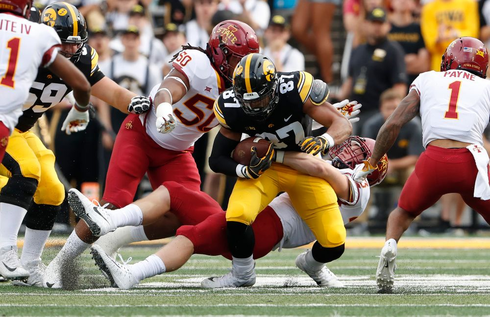 Iowa Hawkeyes tight end Noah Fant (87) against the Iowa State Cyclones Saturday, September 8, 2018 at Kinnick Stadium. (Brian Ray/hawkeyesports.com)