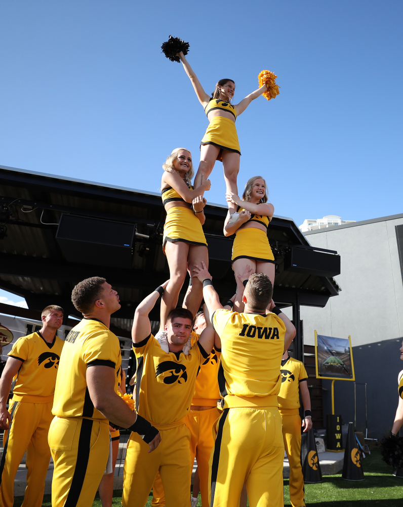 The Iowa Cheerleaders during the Hawkeye Huddle Monday, December 31, 2018 at Sparkman Wharf in Tampa, FL. (Brian Ray/hawkeyesports.com)