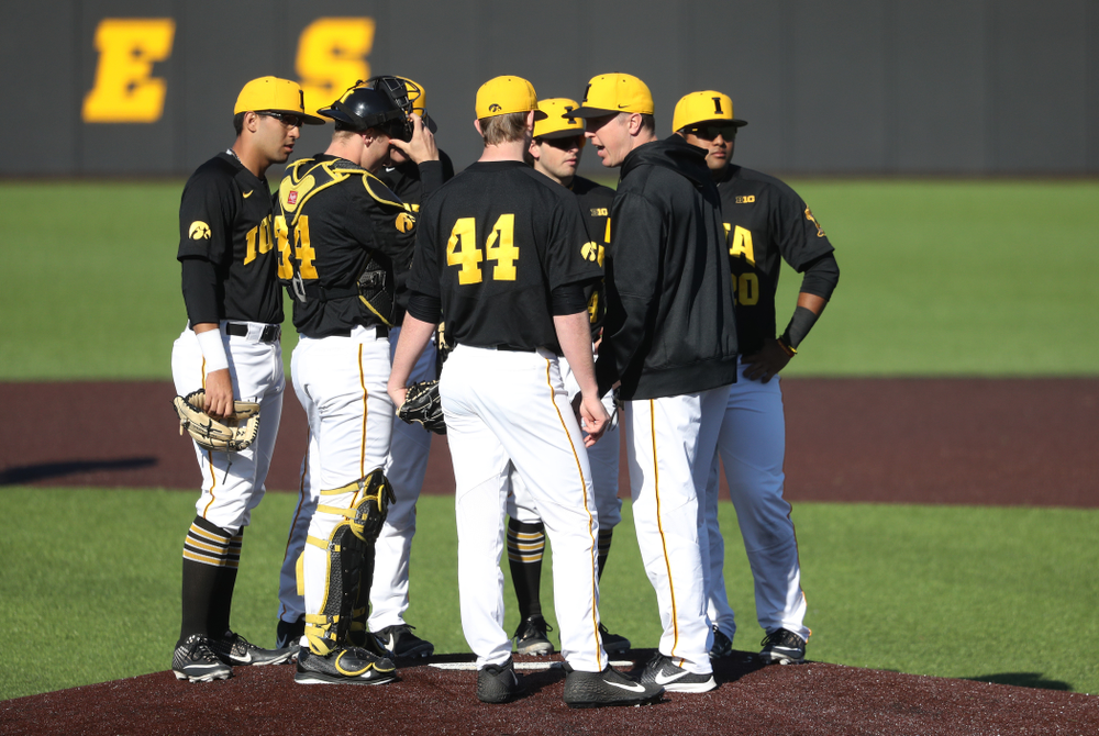 Iowa Hawkeyes pitching coach Tom Gorzelanny against the Bradley Braves Tuesday, March 26, 2019 at Duane Banks Field. (Brian Ray/hawkeyesports.com)