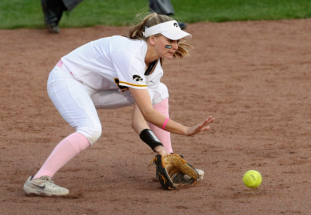 Iowa second baseman Aralee Bogar (2) fields a ground ball before throwing to first for an out during the fourth inning of their game against Iowa State at Pearl Field in Iowa City on Tuesday, Apr. 9, 2019. (Stephen Mally/hawkeyesports.com)