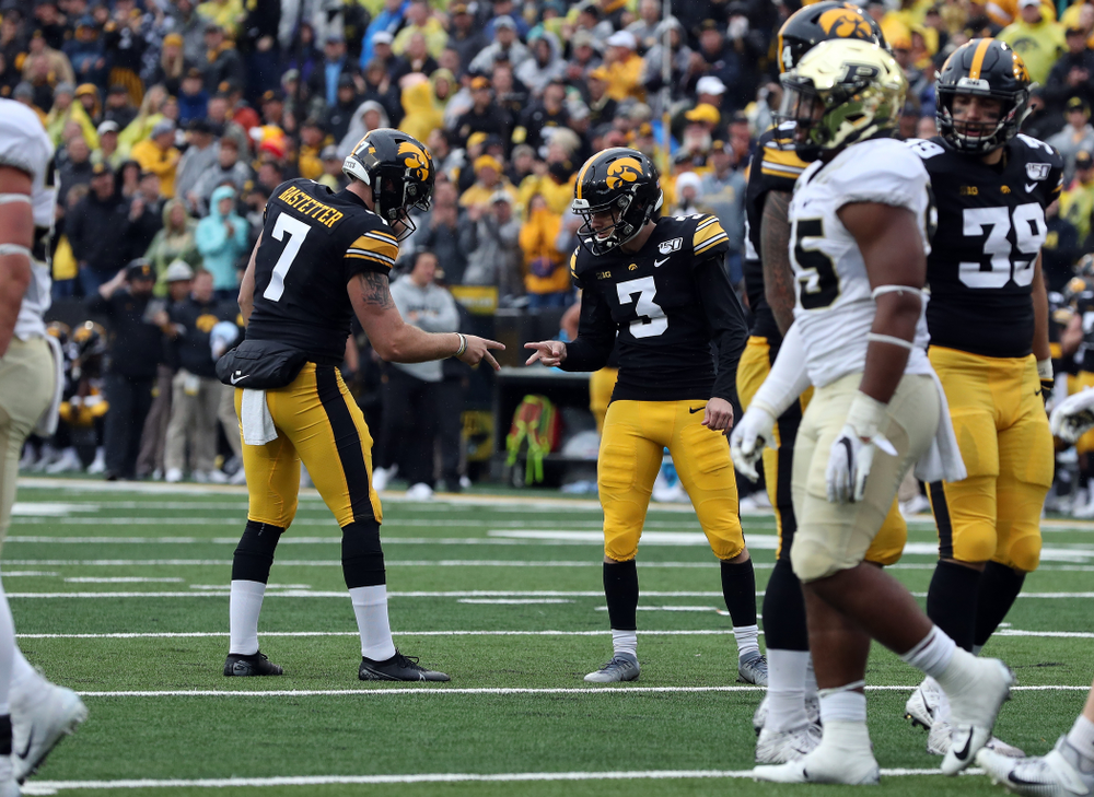 Iowa Hawkeyes punter Colten Rastetter (7) and place kicker Keith Duncan (3) against the Purdue Boilermakers Saturday, October 19, 2019 at Kinnick Stadium. (Brian Ray/hawkeyesports.com)