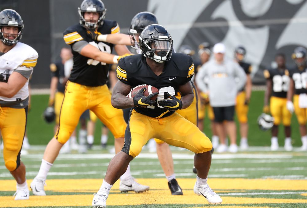 Iowa Hawkeyes running back Mekhi Sargent (10)