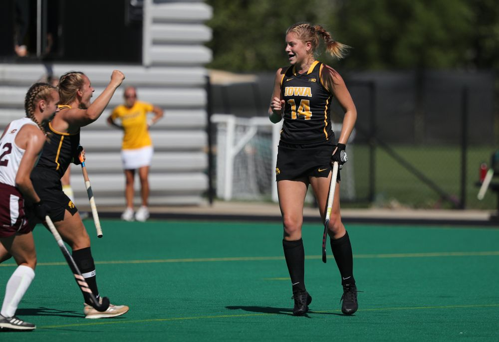 Iowa Hawkeyes Lokke Stribos (14) scores against Central Michigan Friday, September 6, 2019 at Grant Field. The Hawkeyes won the game 11-0. (Brian Ray/hawkeyesports.com)
