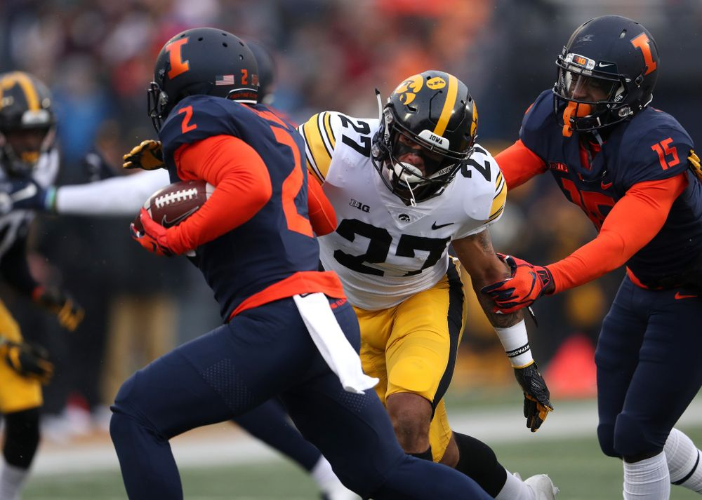 Iowa Hawkeyes defensive back Amani Hooker (27) against the Illinois Fighting Illini Saturday, November 17, 2018 at Memorial Stadium in Champaign, Ill. (Brian Ray/hawkeyesports.com)