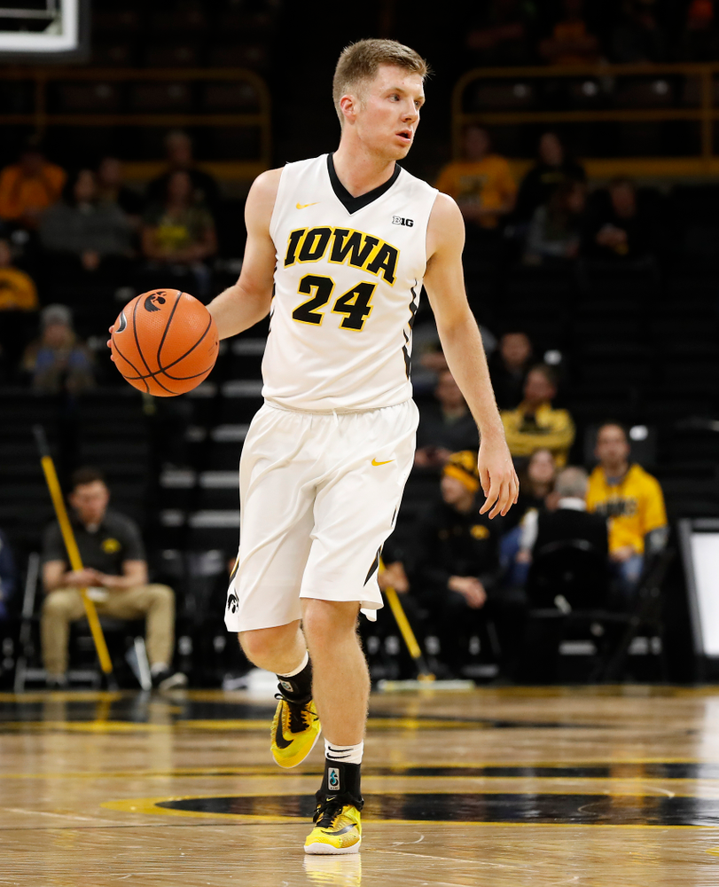 Iowa Hawkeyes guard Brady Ellingson (24)