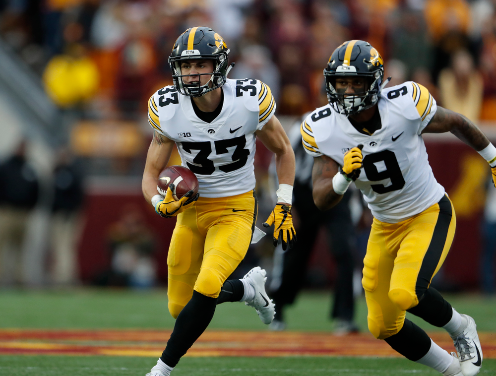 Iowa Hawkeyes defensive back Riley Moss (33) against the Minnesota Golden Gophers Saturday, October 6, 2018 at TCF Bank Stadium. (Brian Ray/hawkeyesports.com)