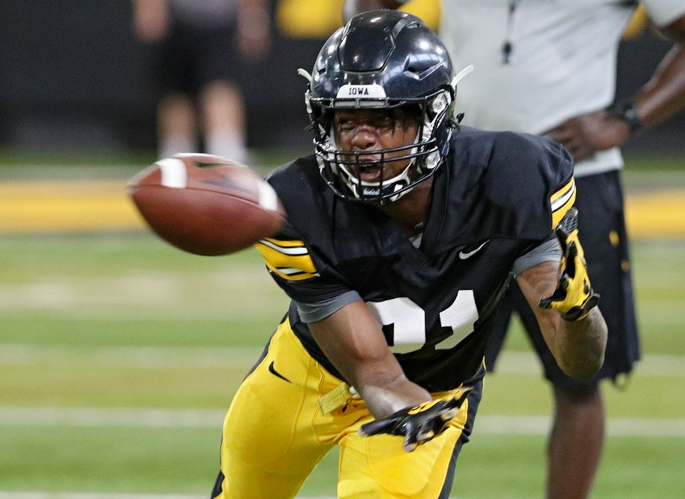 Iowa Hawkeyes wide receiver Desmond Hutson (81) pulls in a pass during Fall Camp Practice No. 6 at the Hansen Football Performance Center in Iowa City on Thursday, Aug 8, 2019. (Stephen Mally/hawkeyesports.com)