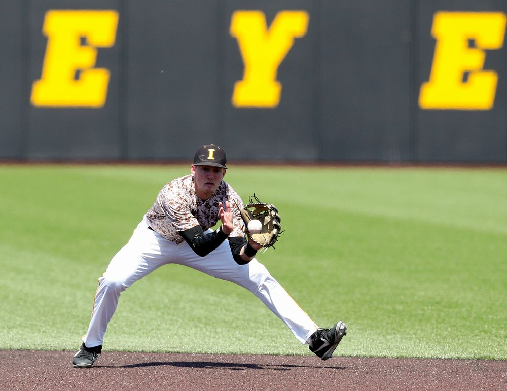 Iowa Hawkeyes second baseman Brendan Sher (2) fields a ball during the fourth inning of their game against UC Irvine at Duane Banks Field in Iowa City on Sunday, May. 5, 2019. (Stephen Mally/hawkeyesports.com)