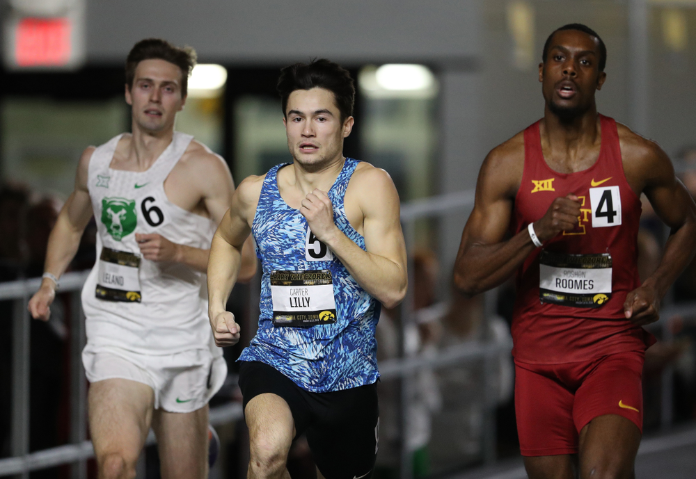 Iowa's Carter Lilly runs the 600 meter premier during the 2019 Larry Wieczorek Invitational Friday, January 18, 2019 at the Hawkeye Tennis and Recreation Center. (Brian Ray/hawkeyesports.com)