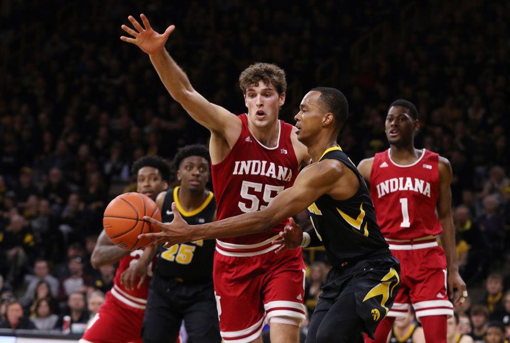 Iowa Hawkeyes guard Maishe Dailey (1) against the Indiana Hoosiers Friday, February 22, 2019 at Carver-Hawkeye Arena. (Brian Ray/hawkeyesports.com)