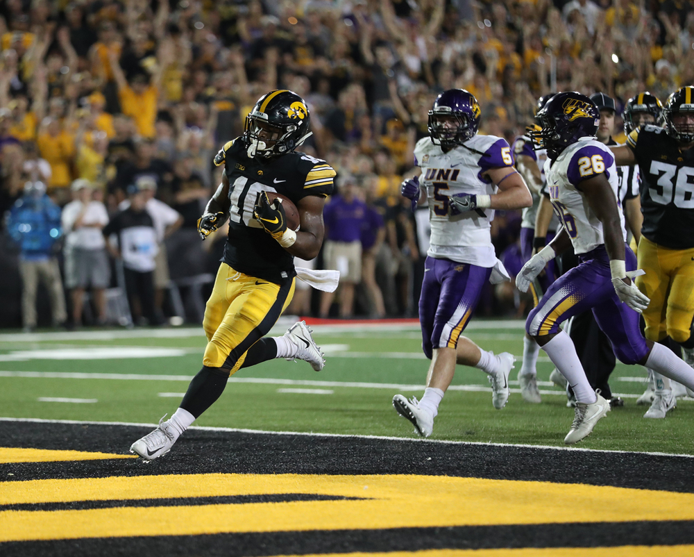 Iowa Hawkeyes running back Mekhi Sargent (10) scores against the Northern Iowa Panthers Saturday, September 15, 2018 at Kinnick Stadium. (Max Allen/hawkeyesports.com)