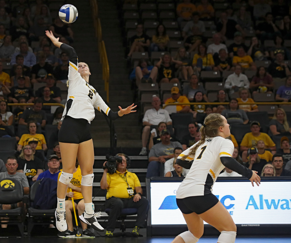 Iowa's Kyndra Hansen (8) puts up a shot during their Big Ten/Pac-12 Challenge match at Carver-Hawkeye Arena in Iowa City on Saturday, Sep 7, 2019. (Stephen Mally/hawkeyesports.com)
