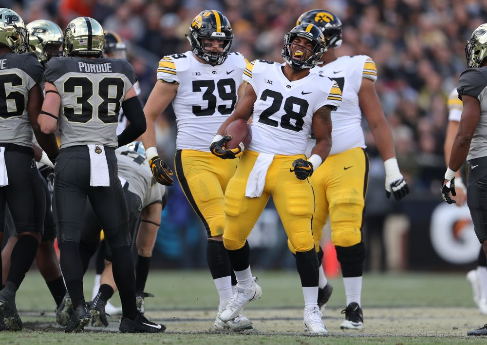 Iowa Hawkeyes running back Toren Young (28) against the Purdue Boilermakers Saturday, November 3, 2018 Ross Ade Stadium in West Lafayette, Ind. (Brian Ray/hawkeyesports.com)
