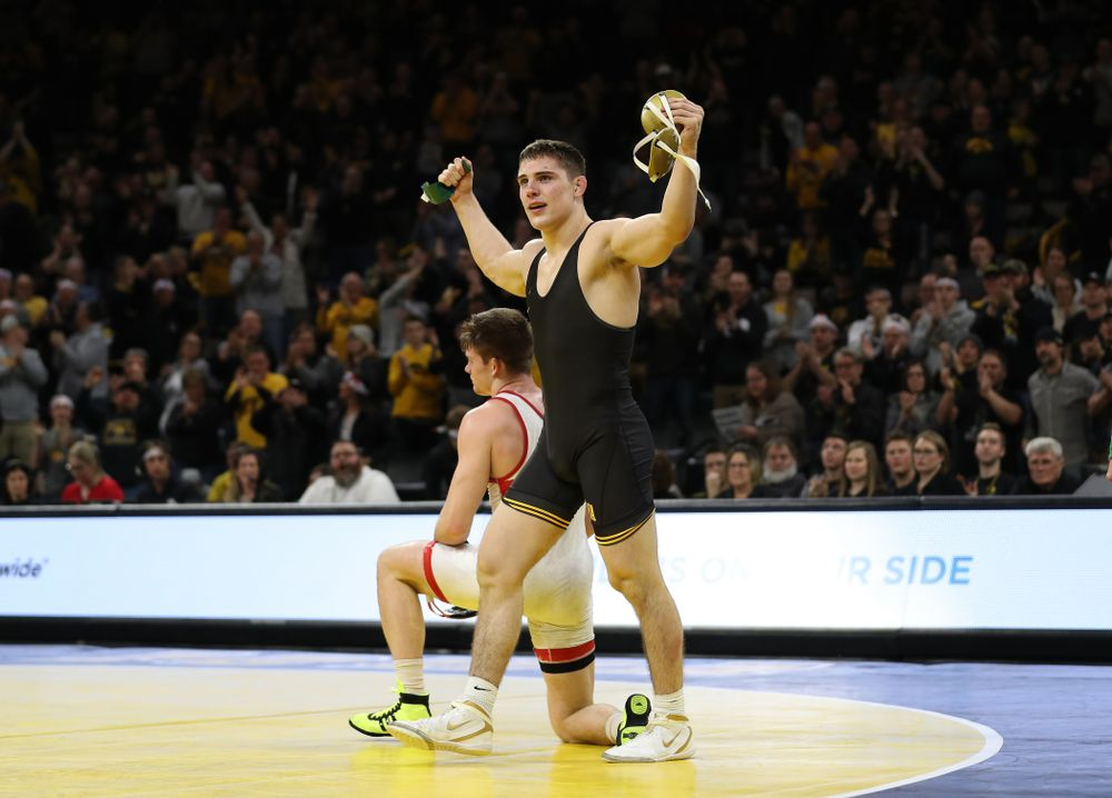 Iowa's Abe Assad wrestles Nebraska's Taylor Venz at 184 pounds Saturday, January 18, 2020 at Carver-Hawkeye Arena. Assad won the match 6-4. (Brian Ray/hawkeyesports.com)