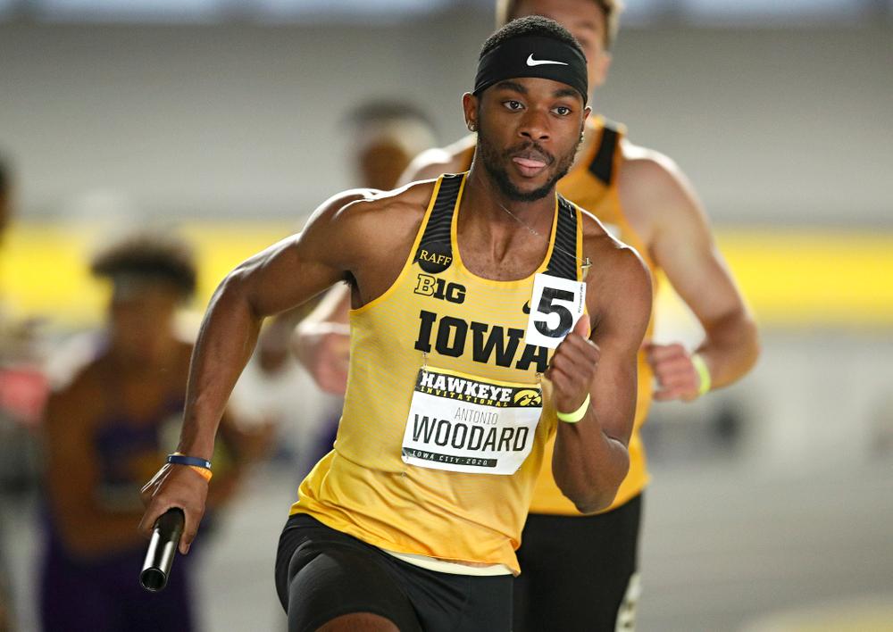 Iowa's Antonio Woodard runs the men's 1600 meter relay event during the Hawkeye Invitational at the Recreation Building in Iowa City on Saturday, January 11, 2020. (Stephen Mally/hawkeyesports.com)